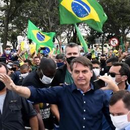 bolsonaro coronavirus rally 1920